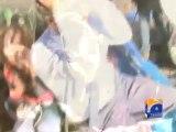 PTI workers threw stones at Geo News Reporter Amin Hafeez-Geo Reports-15 Dec 2014