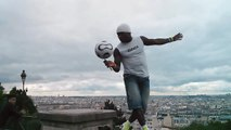 Soccer tricks, amaizing show at Sacre-Coeur!