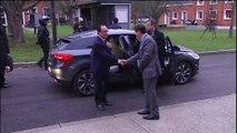Hollande reçoit une dizaine de parlementaires et citoyens à dîner à l'Elysée