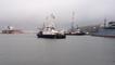 Le navire école russe Smolny quitte son quai