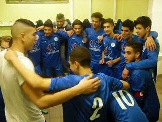 Au vestiaire avec les U19-2 après la victoire contre ASVEL 14/12/2014