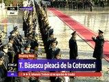Traian și Maria Băsescu au părăsit Palatul Cotroceni, nu înainte de a primi pentru ultima dată onorurile militare. Oficial, Traian Băsescu nu mai este președintele României.