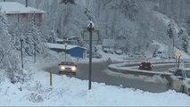 D-100 Karayolunun Bolu Dağı Kesiminde Kar Yağışı ve Sis Etkili Oluyor
