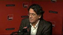"Luc Ferry : ""Hollande a perdu deux ans avec Jean-Marc Ayrault"""