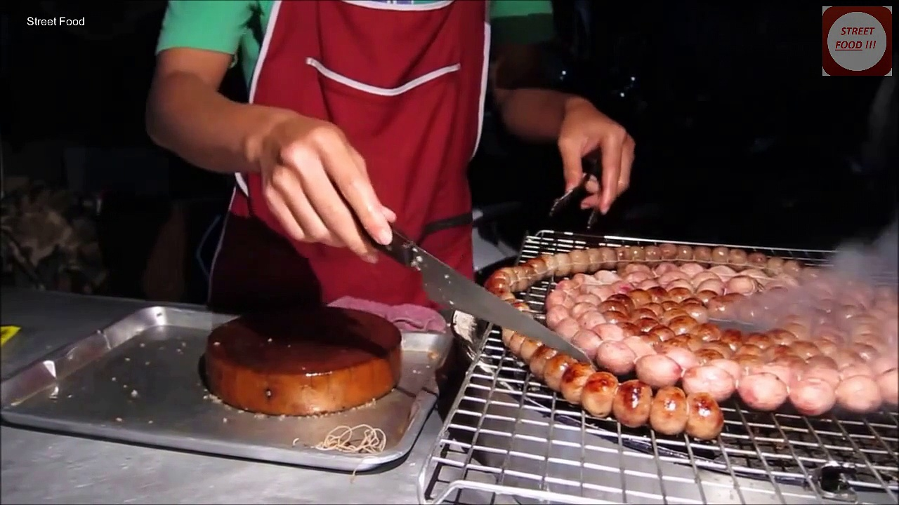 Street food in Thailand. My dinner today 1 – Thai North Eastern Sausage. (Thailand, Chiang Mai)_(new)