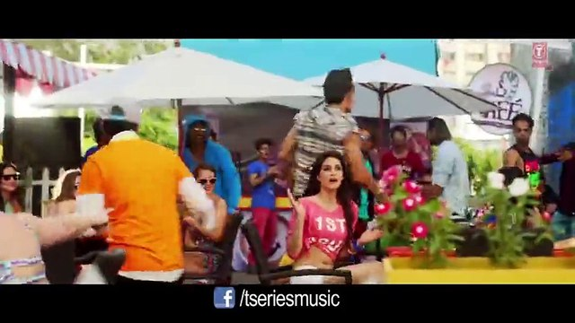 This is the pappi song Full HD Movie Heropanti