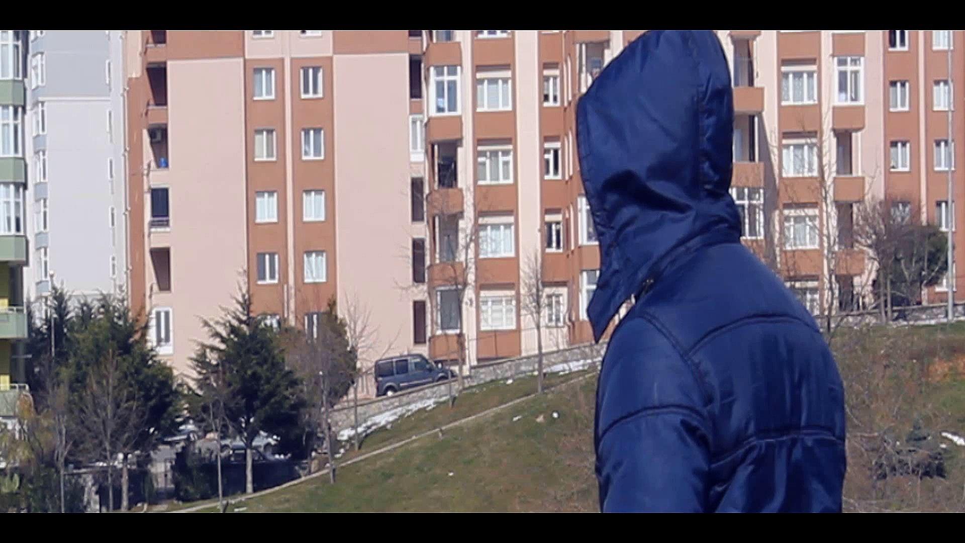 Suret34 | Ömür Çıkmazı ( Official Music Video - 2014-15 | YENİ )