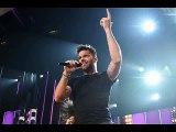 Ricky Martin - Livin' La Vida Loca (Acoustic) Karaoke