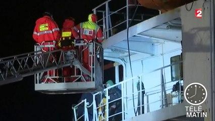 La marine italienne prend le contrôle d'un bateau de clandestins
