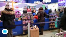Free Delivery Creates Holiday Boon for U.S. Consumers at High Cost