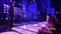 One Direction Night Changes en el Dick Clark's New Year's Rockin' Eve 2015