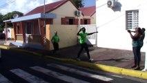 2014/12/31 14h40 Succès Arrivée Défi +50Km de Marche Coach Mickael Plocoste Solidarité Paix Guadeloupe Départ 7h10 Hôtel-de-Ville Baie-Mahault Arrivée 14h40 Mairie Saint-François Mercredi 31 Décembre 2014