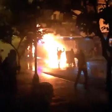 Ballena en llamas en #chacao, #Venezuela