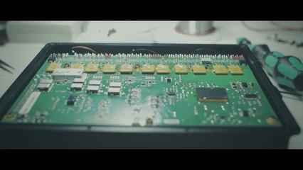 Peugeot 2008 DKR : le casse-tête de l'électronique embarquée (épisode 7)