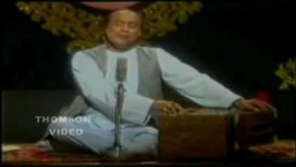 Ghuncha E shauq Laga Hai Live Best Video With Lyrics in Description