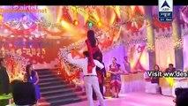 Ashok-Mihika Ke Dance Ne Jalaya Raman-Ishita Ka Dil – Yeh Hai Mohabbatein - DesiTvForum – No.1 Indian Television & Bollywood Portal
