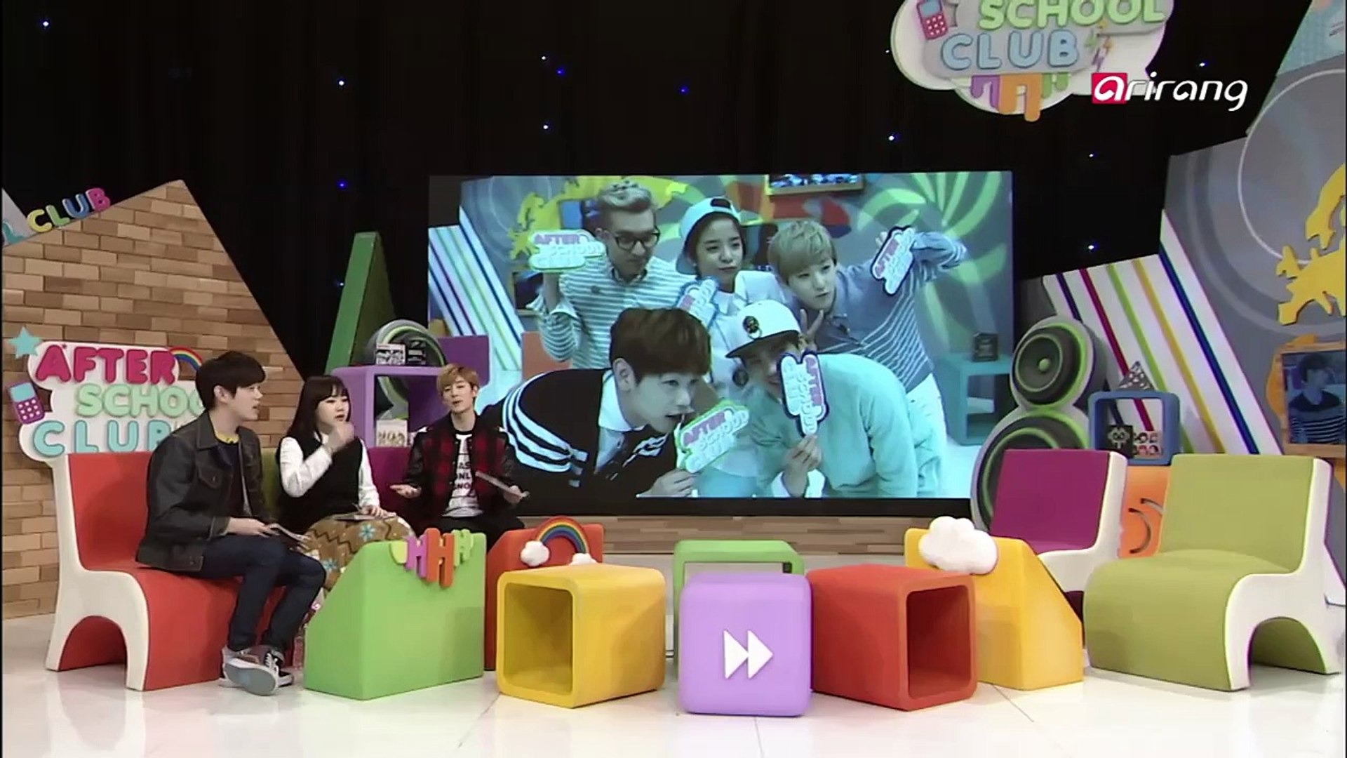 Erick and Kevin show their aegyo to Jimin!!