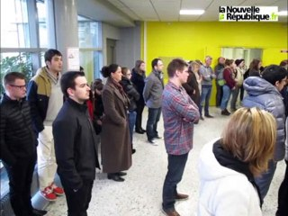 VIDEO. Charlie Hebdo : minute de silence à l'IUT de Tours