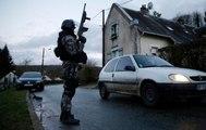 Fransa'da Canlı Yayında Terörist Avı! Polis Saldırganları Kuşattı