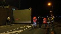 Beelden: Coupures Delfzijl gesloten vanwege hoogwater - RTV Noord