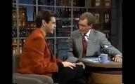 Jim Carrey imite comment les gens riches peuvent rire