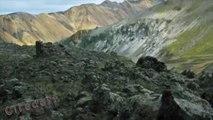 1/7 Tourisme dans les déserts volcaniques Visiter l'Islande  -- Tourism in volcanic deserts Visit Iceland -- Tourismus in vulkanische Wüsten Besuchen Sie Island -- El turismo en desiertos volcánicos Islandia Visita
