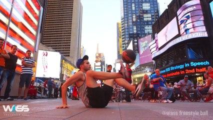 Impressionante démonstration de freestyle football à Times Square par Wass
