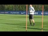 FOOT - LIGUE 1 - PSG: Zlatan Ibrahimovic a retouché le ballon...