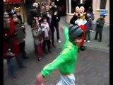 """Disneyland Paris - parc d'attractions, La Fête Magique de Mickey - février 2009 - """"Mickey Breakdance"""""""