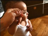 """Evian - eau minérale - juin 2009 - """"Baby Moonwalk"""", """"Les bébés sont de retour"""""""