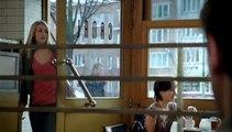 """Meetic - site de rencontres sur Internet - janvier 2010 - """"397 belles histoires par jour. Et la vôtre, elle commence quand ?"""", """"Café""""."""