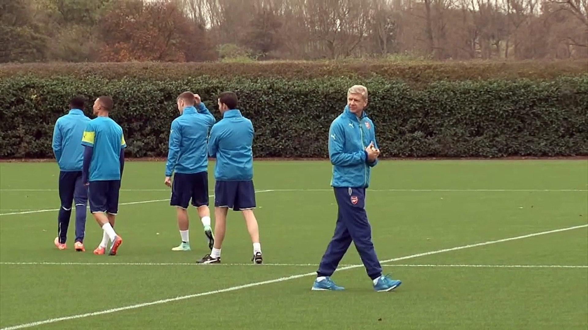 Arsenal leiht Sanogo nach Crystal Palace aus