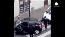 """Neue Bilder zeigen """"Charlie-Hebdo""""-Attentäter auf der Flucht"""