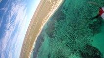 Un avion RC se crashe dans l'océan et filme les poissons