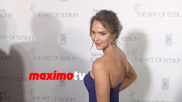 Arielle Kebbel | The Art of Elysium HEAVEN Gala 2015 | Red Carpet | MaximoTV Broll