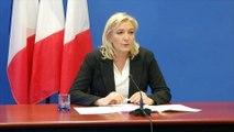 """Marine Le Pen: les terroristes ont un profil de """"racailles radicalisées"""""""