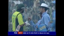 INZAMAM UL-HAQ - OBSTRUCTING THE FIELD VS INDIA 1ST ODI 2006 In Cricket