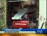 Fuertes vientos afectan a cuatro viviendas en Guano