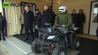 Putin verifica novo robô de combate na Rússia