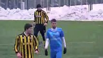 Ridiculous Ukrainian footballer answers his Mobile Phone during a football match!!! HD 2015