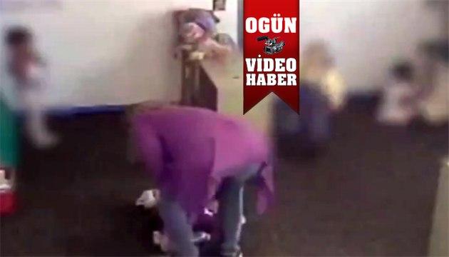 15 aylık çocuğa bakıcı şiddeti !