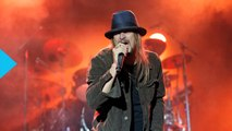 Kid Rock Snipes at 'Piece of Sh-t' Michael Moore