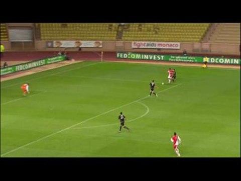 Foot - Ligue 2 - 33e j. : Monaco - Clermont 4-0