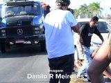 Grupo faz gesto obsceno para policial e é detido na BR 101 na Serra-ES