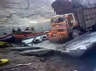 Dunya News-Truck drowning at Attabad Lake