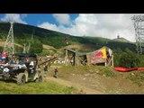 Antoine Bizet sur le step up - step down du slopestyle des Crankworx Les 2 Alpes