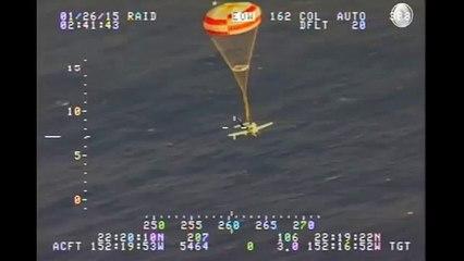 Pilote sauvé par le parachute de son avion !