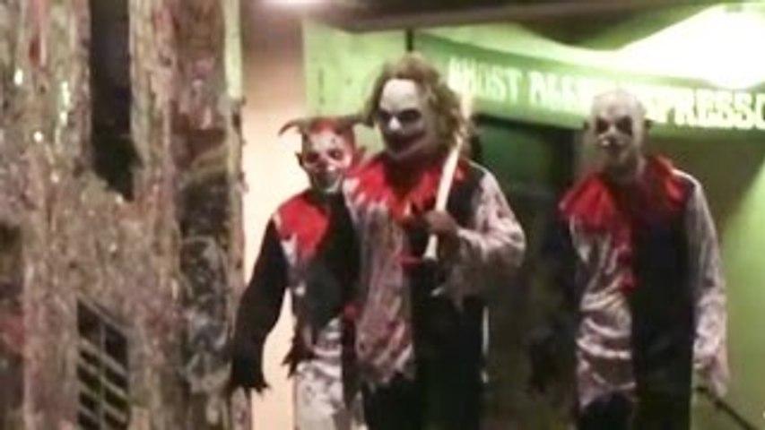 Crazy Killer Clown Scare Prank!
