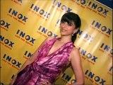 Aditi Rao Hydari Reveals in Hot Purple Dress ادیتی راؤ Hydari انگیز جامنی کپڑے میں پتہ چلتا ہے