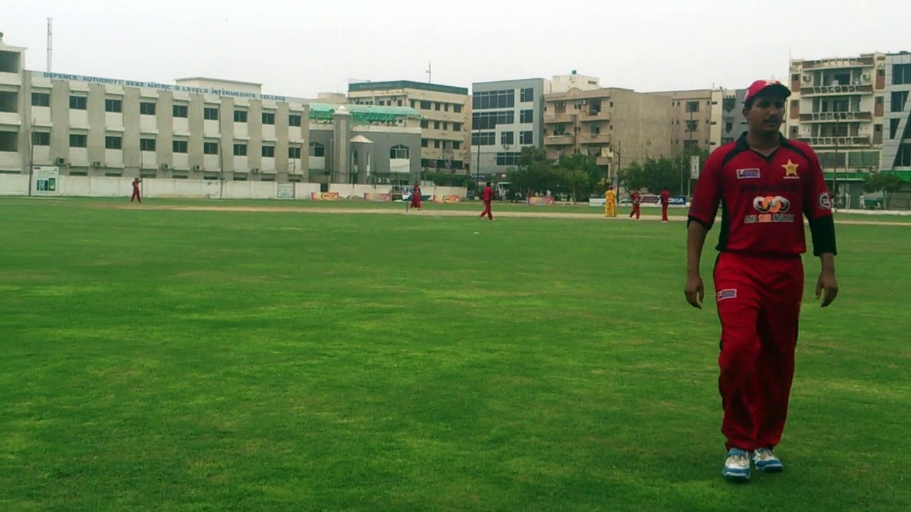 01 OF 09 TAPAL TOTAL 76-2 AFTER 11 OVERS *** 25-07-2014 CRICKET COMMENTARY BY : PROF. NADEEM HAIDER BUKHARI  SONY ASSOCIATES CRICKET CLUB KARACHI vs TAPAL CRICKET CLUB KARACHI  QUARTER FINAL  *** 3rd VITAL 5 CLUB CRICKET RAMZAN CRICKET FESTIVAL 2014  (13)